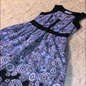 Size 10 Ladies Serenity Dress.